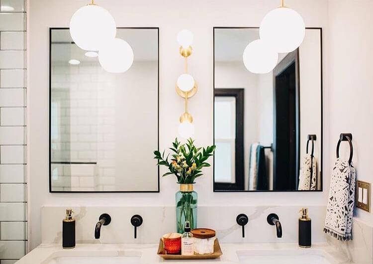 pendant light over bathroom vanity
